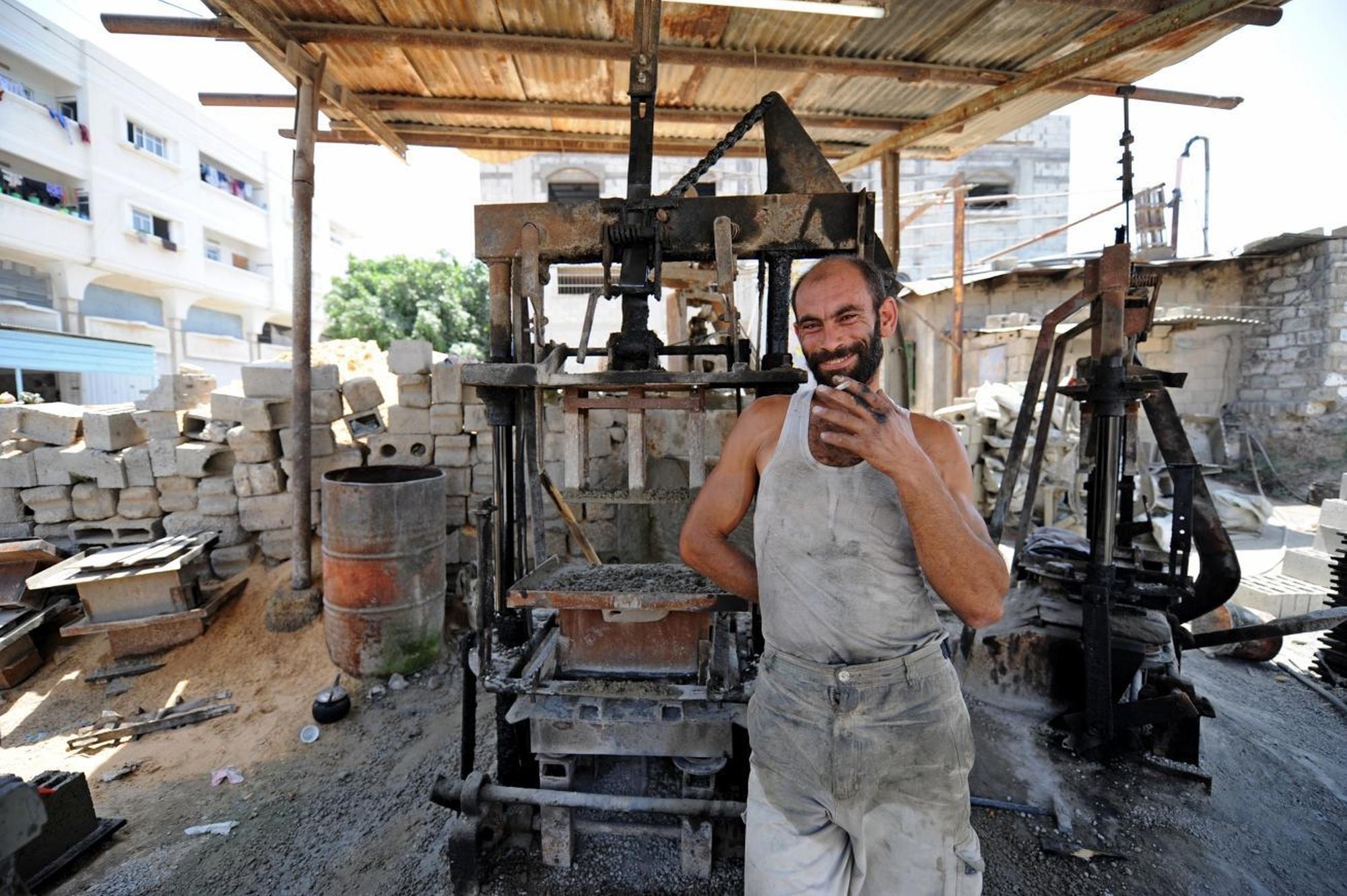 جميع الجهات المُشاركة في العمل على المشروع تتطلّب موافقة إسرائيلية. تصوير: كارل شمبري.